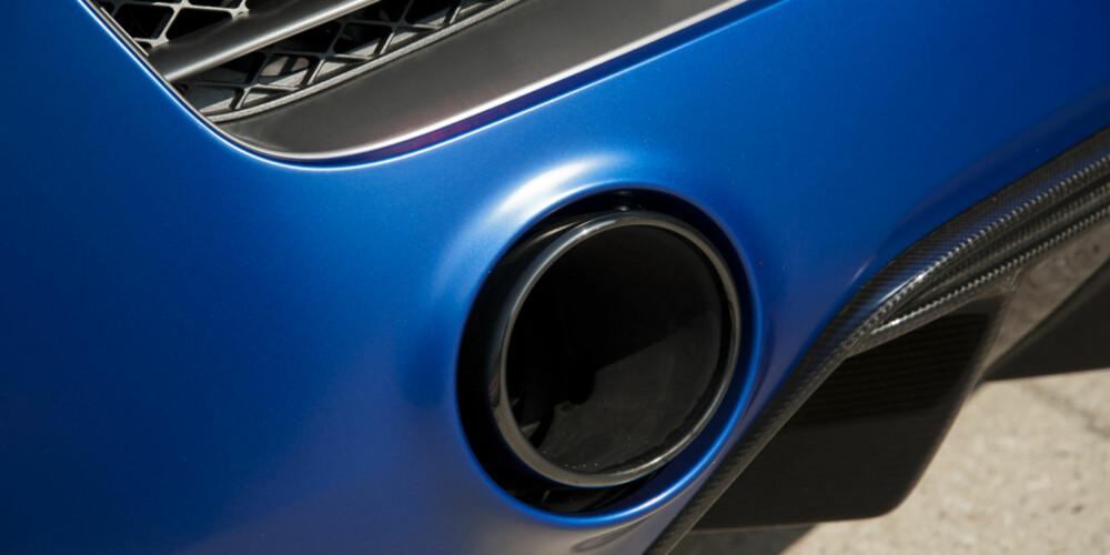 LOFF-GRILL: Lyden V10-eren produserer spyttes ut gjennom et grovere eksosanlegg og er ikke annet enn helt fantastisk.