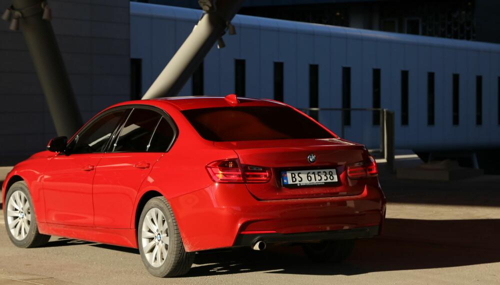 GOD BASIS: Med pris som starter rett under 330 000 kroner og en livlig 1,6-liters bensinmotor, leverer basismodellen i BMW 3-serie varene.
