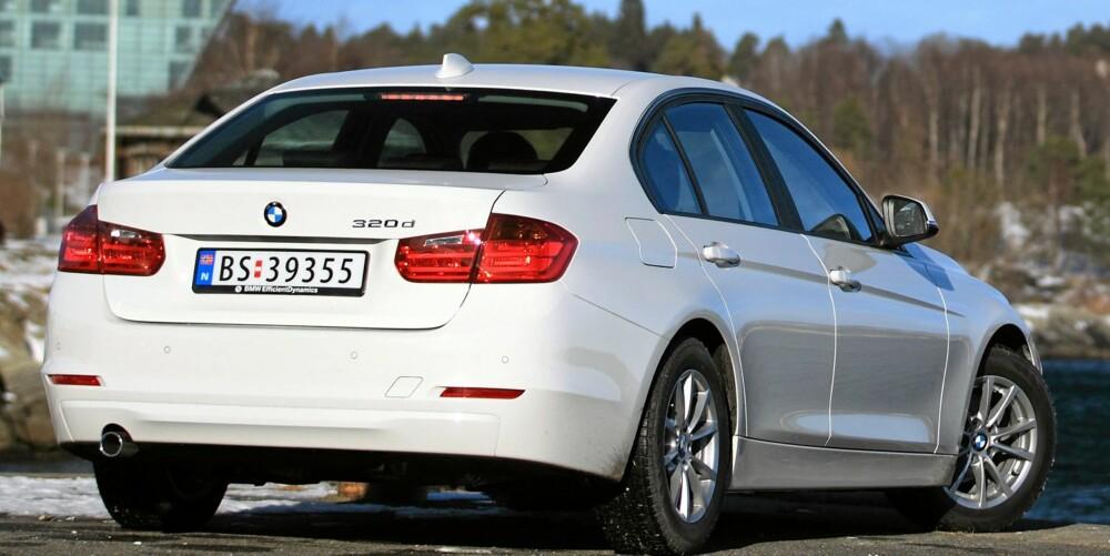 FORBRUK: Vår testbil klarte seg gjennom forbrukstesten med 0,51 liter per mil, mens den normale 3-serie brukte 0,54. Det rimer godt med forskjellen BMW selv oppgir og plasserer 3-serie blant de aller gjerrigste i sin klasse.