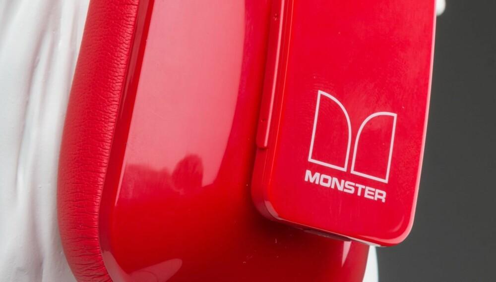 SYNLIG: Nokia og Monster har tatt frem et stilig produkt som gjør at du ikke forsvinner i mengden.