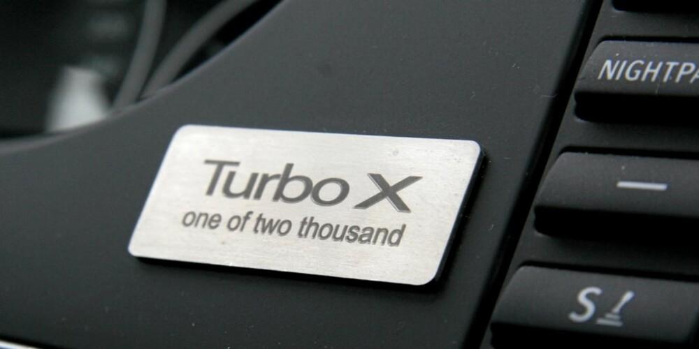 Turbo X er en firehjulsdreven og 280 hestekrefter sterk spesialutgave av 9-3. Den skal kun bygges i 2000 eksemplarer.
