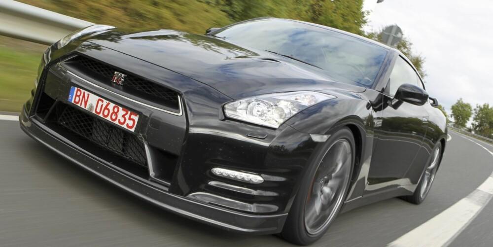BIG IN JAPAN: Riskoker? Glem det. GT-R er blant verdens råeste superbiler. Foto: Nissan