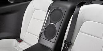 BAKSETE: Legger vi godviljen til er dette et ganske funksjonelt baksete. Foto: Nissan