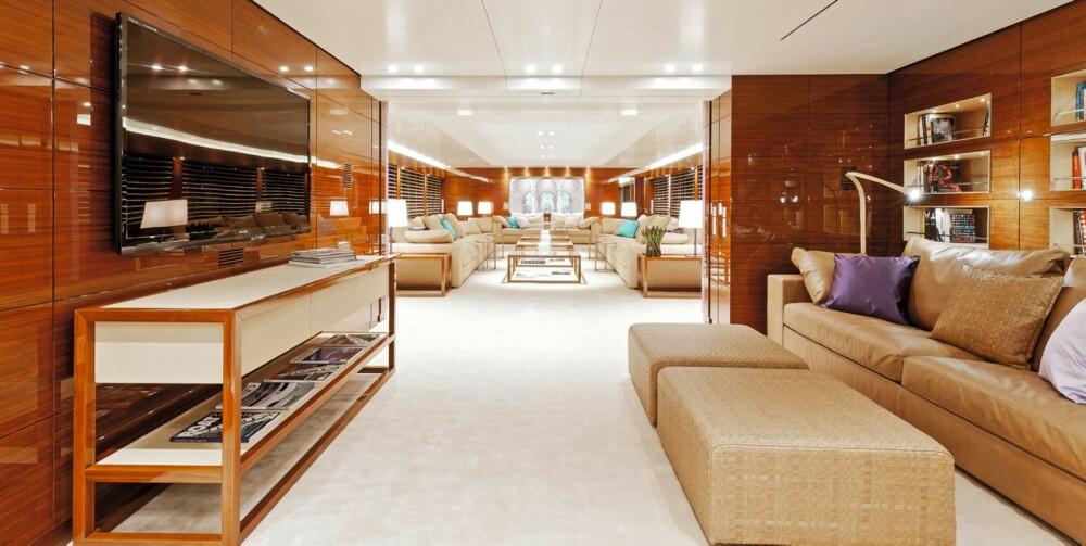 GOD PLASS: Salongene i Silveryachtsserien er luftige og lekre; designet slik at de gir optimal romfølelse. FOTO: FOTO: Kluas Jordan
