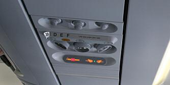 SLUKKES: Lyset i kabinen dempes i noen minutter før flyet lander, og når det takser ut til rullebanen og til du er i luften.
