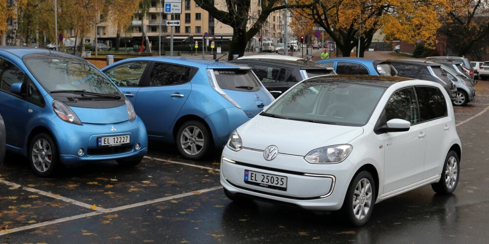 UTFORDRING: Ladetid og infrastrukturen rundt lading er per i dag den største begrensningen for at vanlige bilbrukere skal få full glede av en elbil i daglig bruk. FOTO: Terje Bjørnsen