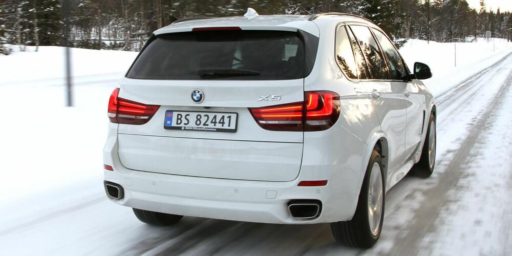 DYRT MED UTSTYR: Store status-SUV-er gir ikke mye bil for pengene. Det gjelder over hele fjøla, uansett merke og modell. FOTO: Petter Handeland