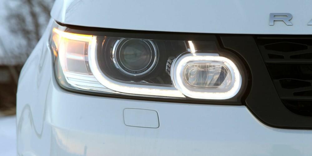 LED THERE BE LIGHT: Foreløpig er LED-teknologien forbeholdt kjørelysene, mens hovedlysene er adaptive Xenon-lys. Nye BMW X5 kan eksempelvis leveres med LED hovedlys.
