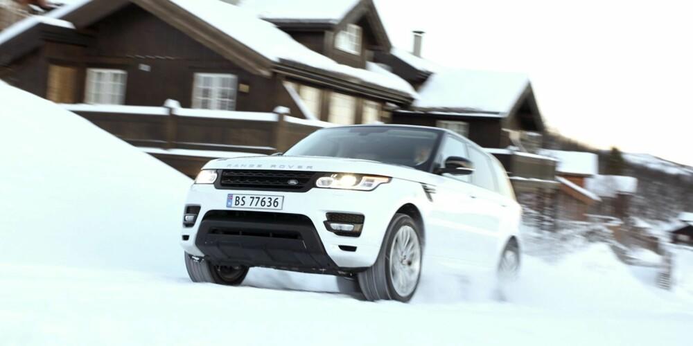 HYTTEBILEN: Selv i landets dyrere hyttelandsbyer vil nye Range Rover Sport vekke oppsikt.