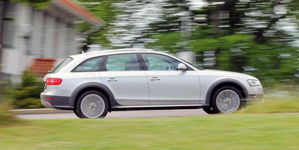 GODKJENT: I vår faste, 20 mil lange testrunde greier A4 Allroad seg med et forbruk på 0,59 l/mil - faktisk litt lavere enn oppgitt. . Resultatet er meget godt for en firehjulsdrevet bil med automatgir. Foto: Petter Handeland