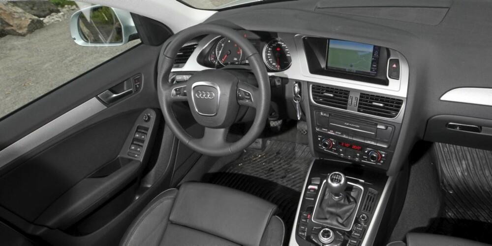 BOMBESIKKER: Inne i en påkostet Audi føles det nesten som å sitte i en tanks. Alt er nesten overdrevent solid.