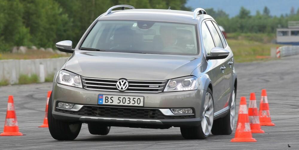 LETTKJØRT: VW Passat Alltrack er lettkjørt og har god fjæringskomfort. FOTO: Petter Handeland