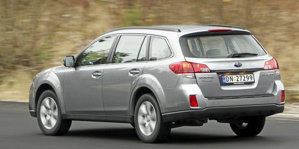 STOR: Den nye Subaru Outback har masse pondus, både i utseendet og i sin framferd.