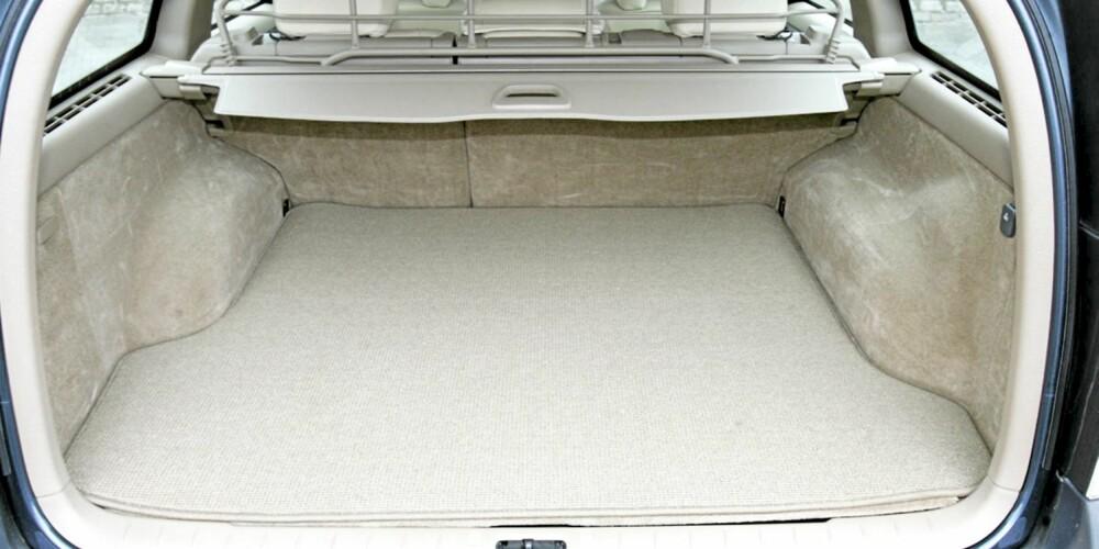 Et stort, fleksibelt bagasjerom er noe av det som gjør brukt Volvo XC70 så populær.