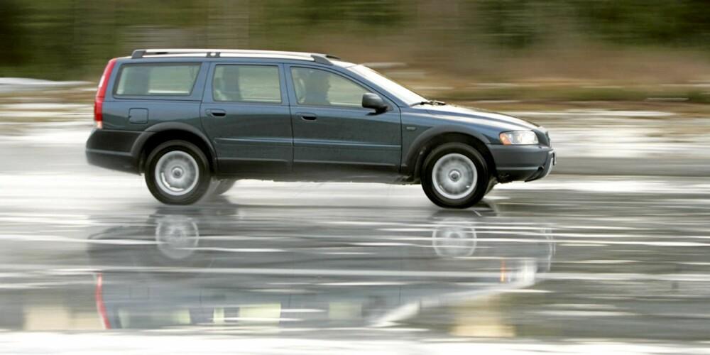 På glatte vinterveier får en brukt Volvo XC70 vist seg fra sin beste side.