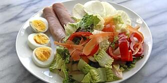 LETT: Innta et lett måltid med proteiner og karbohydrater et par timer før trening.