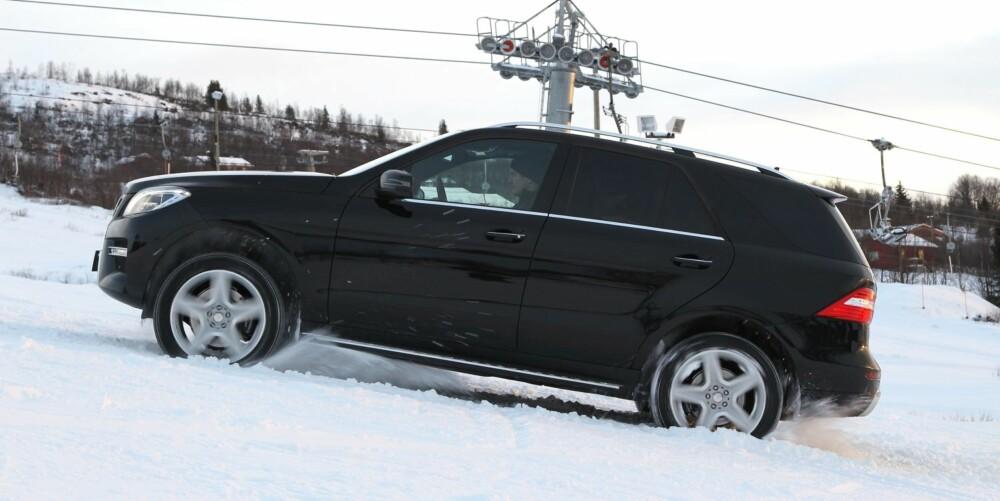 TØRSTERE: Mercedes ML har det høyeste forbruket og den mest distanserte kjørefølelsen. FOTO: Petter Handeland