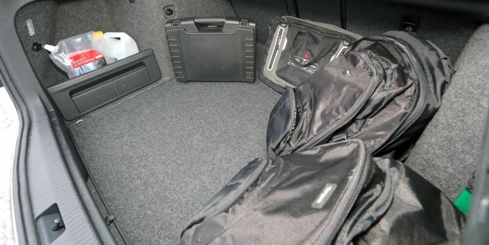 LITT Å FYLLE OPP: Med over 600 liter bagasjekapasitet har du boltreplass i bagasjerommet.