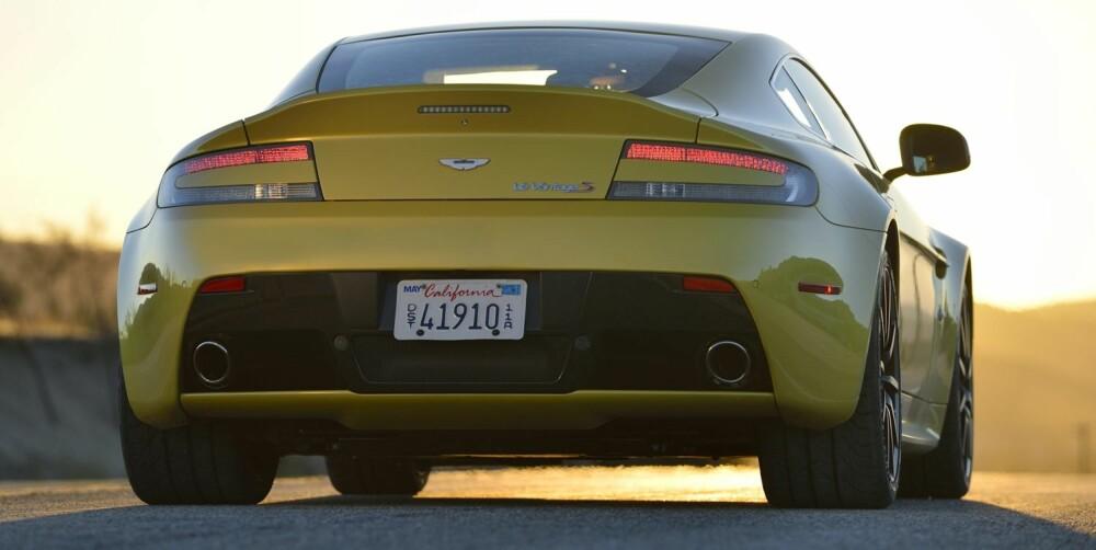 IMPONERER: Kraften er endeløs og kjøreegenskapene er forbløffende lineære. Her er råskinnet i Yellow Tang-farge. FOTO: Produsent