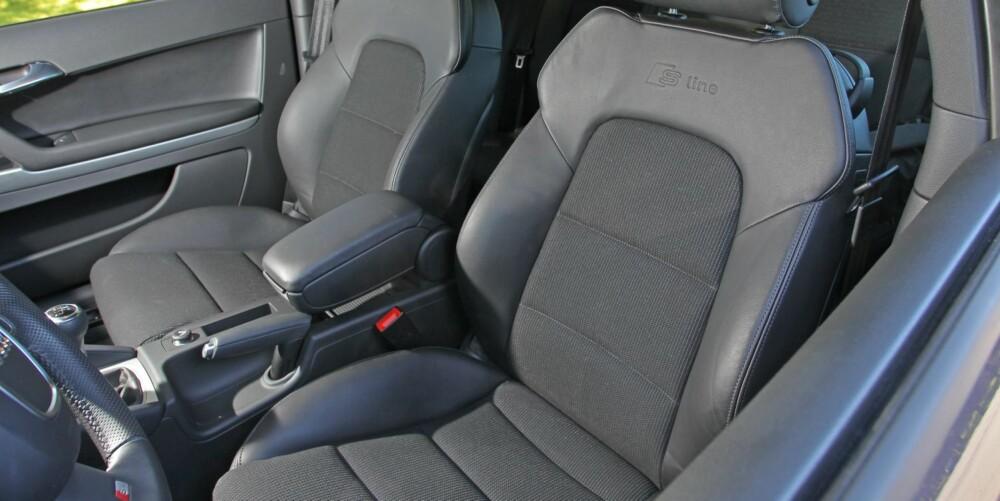SITTER GODT: Alle utgavene av Audi A3 har gode seter og sittestilling. I S-line varianten har du de sportsligste setene og det strammeste understellsoppsettet.