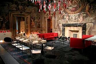 KONTRAST: Barokkinspirert interiør og Philippe Starck under samme tak hos Driade.