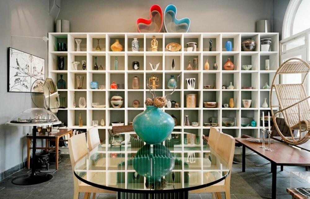 VARIERT: Hos Modernity får du alt fra 50-talls inspirerte gjenstander til keramikk og tregiraffer.