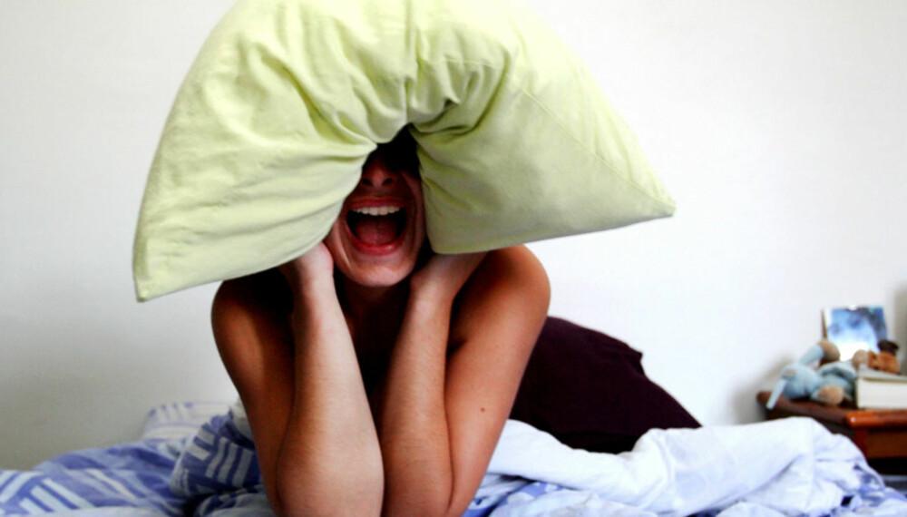 SØVNLØSHET ER INGEN SPØK: Noen småbarnsforeldre klarer ikke å finne tilbake til søvnrytmen de hadde før de fikk barn.