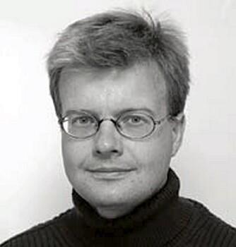 BØR UNNGÅS: Arne Fetveit, fastlege og førsteamanuensis ved Universitetet i Oslo, er ikke tilhenger av at foreldre gir barna sine sovemedisin.