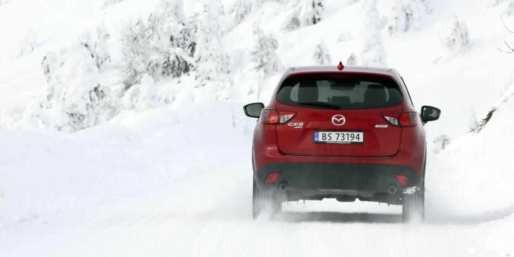 4WD: Firehjulsdriften kobler seg inn etter behov, men skjer så kjapt at det sjelden går utover kjøreopplevelsen.