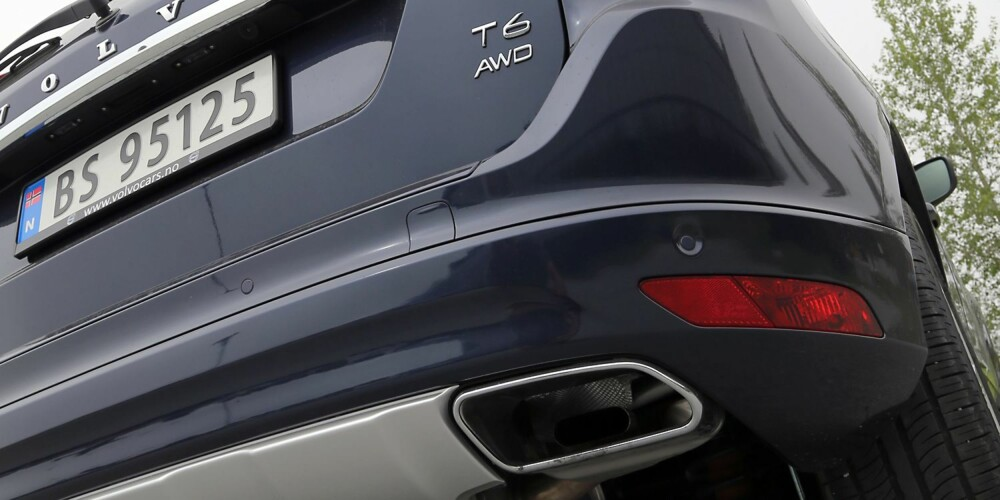 VELLYD: Både innvendig og utvendig sørger den sekssylindrete turbomotoren for nydelig lydbilde.