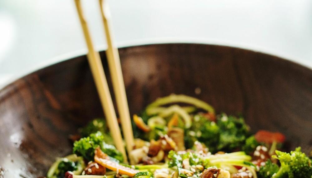 SUNN OG DEILIG TERIYAKISALAT: Denne salaten passer perfekt før og etter trening.