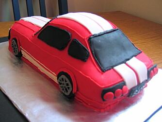FANCY: Joda, det er sikkert fancy med en kake som ser ut som en bil - men burde du egentlig miste nattesøvn av den grunn?