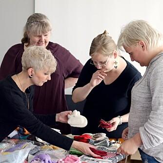 MØDRENE: Karete Roksvåg, Iben Rene Hansen, Nina Amundsen, Gro Kristiansen, Hildegunn Marcussen og Camilla Walle, er mødrene som alle har erfart hvor vanskelig det kan være å få et lite barn med DS.