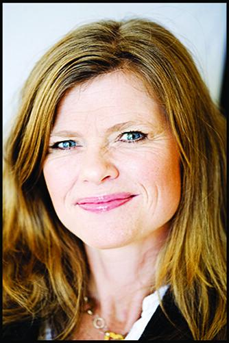 TYDELIGGJØR JOBBEN: - Mange tar på seg oppgaver som er langt utenfor stillingsbeskrivelsen, sier psykolog Karen Kollien Nygaard.
