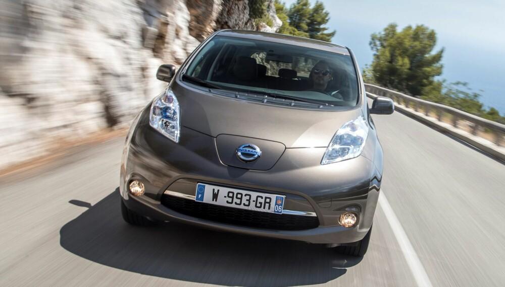 ELBIL: Med 30 kWh batteripakke skal Nissan Leaf ha en rekkevidde på 25 mil. FOTO: Nissan