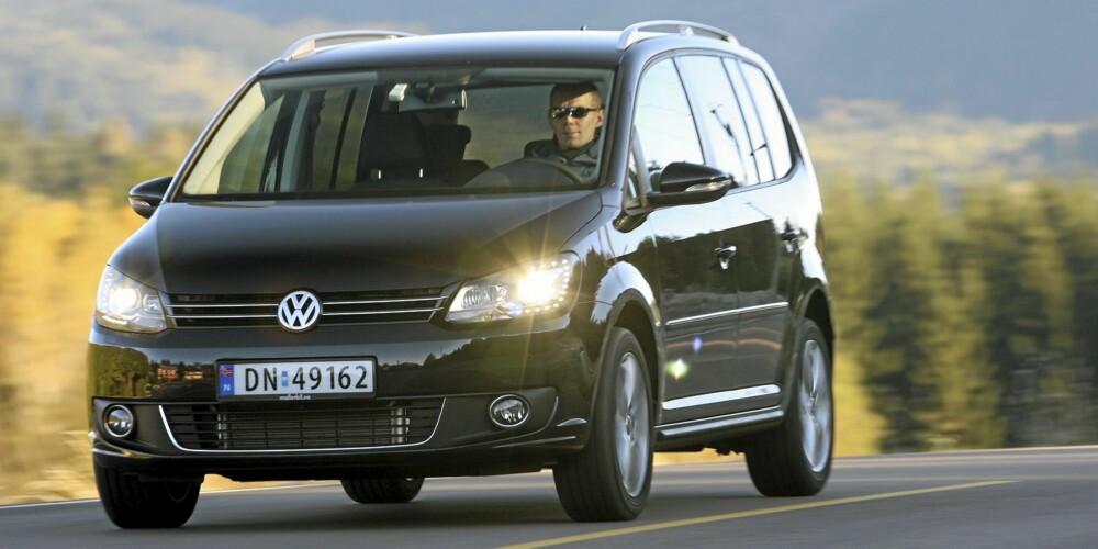 KOMPAKT: VW Touran er ikke stor, men byr på massevis av praktiske løsninger.