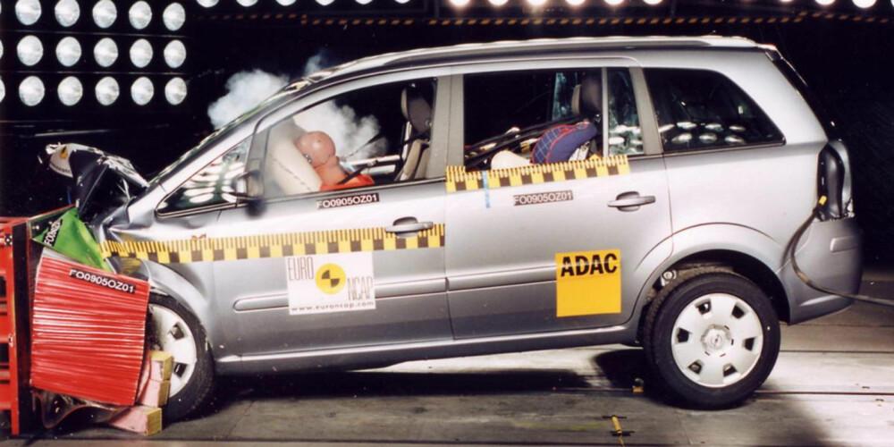 SIKKER FOR SIN TID: Opel Zafira ble testet i EuroNCAP i 2005, med svært godt resultat.