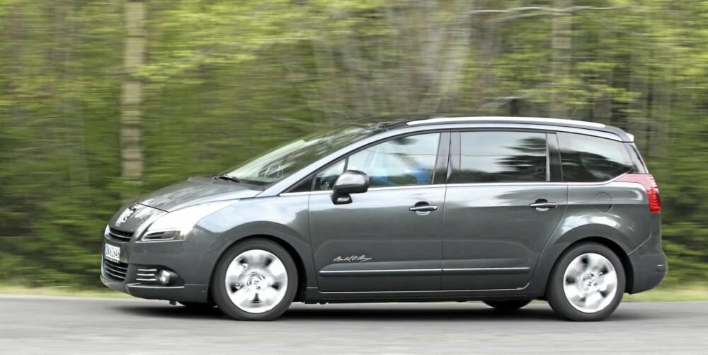 KJENT PROFIL: Utseendemessig er det mye Peugeot og mye syvseter over 5008-modellen.