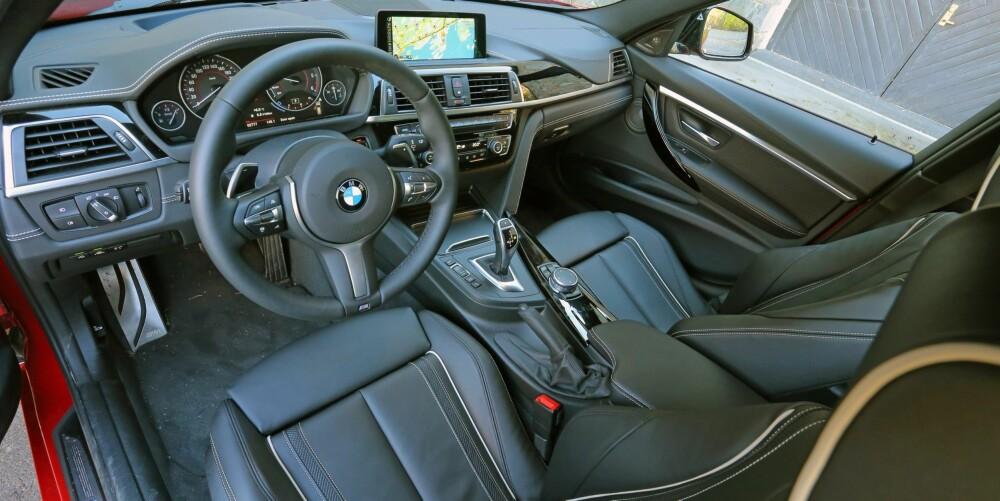STILRENT: BMW 3-serie har en nøktern, svært førerorientert tilnærming til dashborddesign. Og sportssetene er noe du absolutt skal spandere på deg.