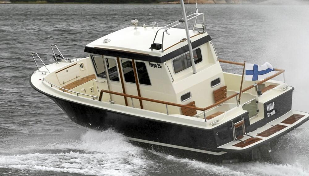 VIL KJØRES: En Targa 25.1 tåler mer sjø enn de aller fleste båter i samme størrelse.