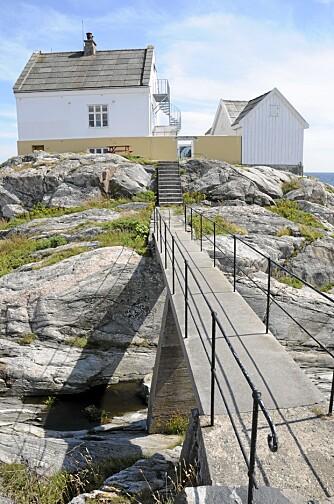 SØRALNDSIDYLL: Saltholmen fyr ligger ved et av de aller mest populære stedene på Sørlandet.