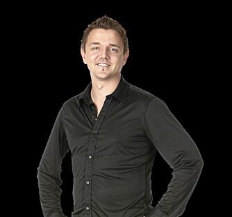 """Kokk og matskribent Morten Øverbye gir gode råd om hvordan få barna til å spise grønnsaker i kokeboka """"PappaChef""""."""