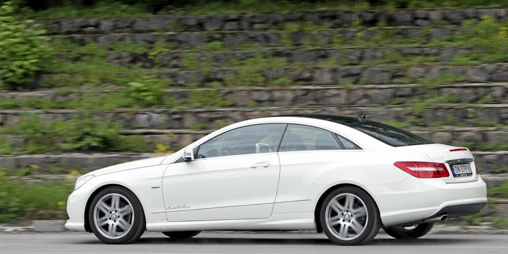 CRUISER: Mercedes har virkelig truffet med designen, E-Coupé ser både sportslig og elegant ut.