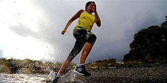- Å finne sin løpeteknikk er derfor avgjørende for effektiv løpetrening, mener løpeekspert Hanne Lyngstad (bildet).