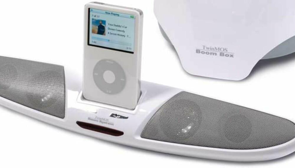 TwinMoos BooM1 2.1 audio system ble best i test i Gadgets nr. 1 2008. Anlegget får skryt for å være stilig og levere god lyd.