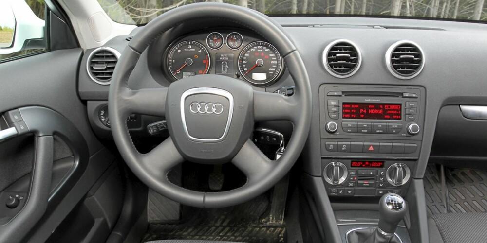 Også i Audi A3 1,6 TDIe er førermiljøet pent og kvalitetsmessig utført.