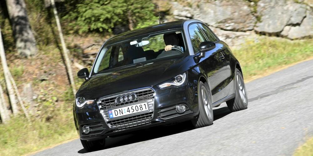KJØREGLAD: Audi A1 er ikke like kompromissløs som en Mini, men takler svinger minst like godt.