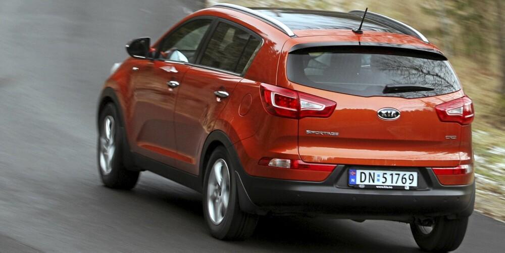 FOLKE-SUV: Med en lengde på 444 cm plasserer Kia Sportage seg størrelsesmessig i midtfeltet blant SUV-ene som er beregnet på folk flest.
