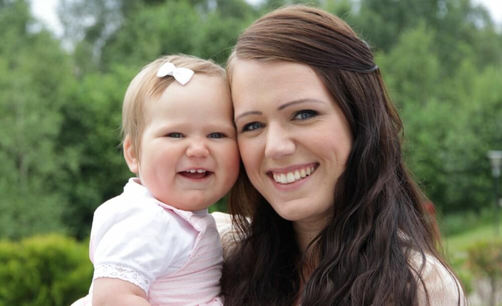 SIENNA: Emilie Maria Bach har kun fått positive tilbakemeldinger på valget av navnet Sienna til datteren sin på 13 måneder.