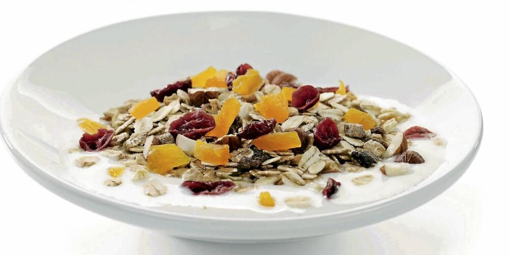 KJAPT: Kornblanding med yoghurt er raskt å lage.